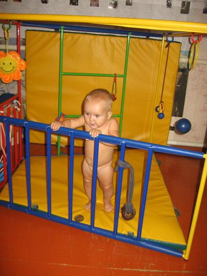 Как сделать так чтобы ребенок сел